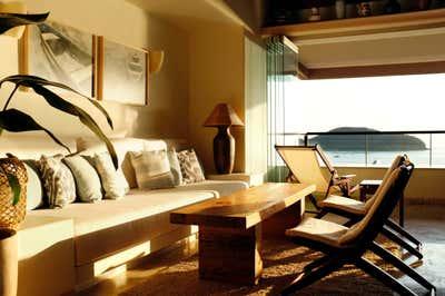 Beach Style Living Room. Casa de Playa by Stephanie Barba Mendoza.