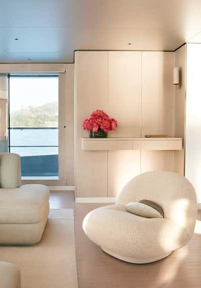Transportation Living Room. Exploration Yacht by Rafael de Cárdenas, Ltd..