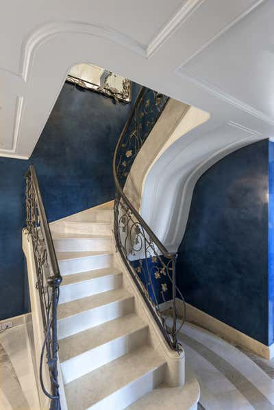 Art Deco Apartment Entry and Hall. Central Park West Duplex by Robert Couturier, Inc..