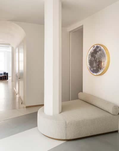 Modern Entry and Hall. Tribeca Loft by Studio DB.