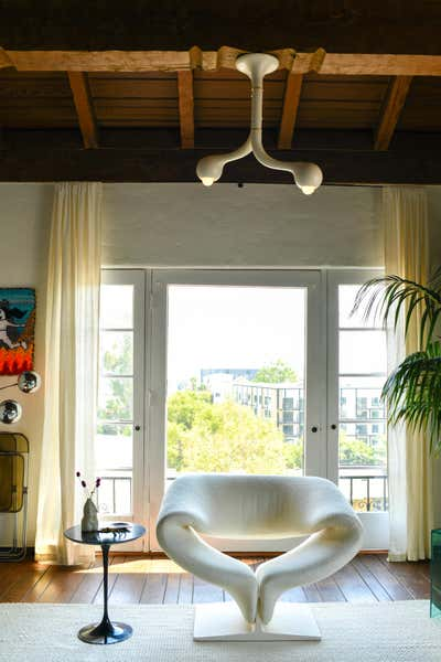 Eclectic Living Room. Whitley Heights Penthouse by Argyle Design.