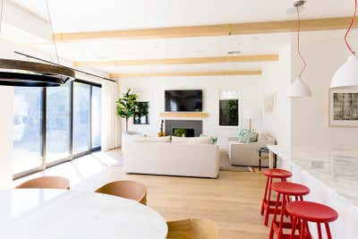 Transitional Family Home Open Plan. Marine Farmhouse by 22 INTERIORS.