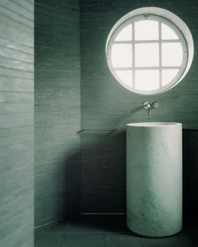 Bachelor Pad Bathroom. Regent's Park Loft by Originate Architects.