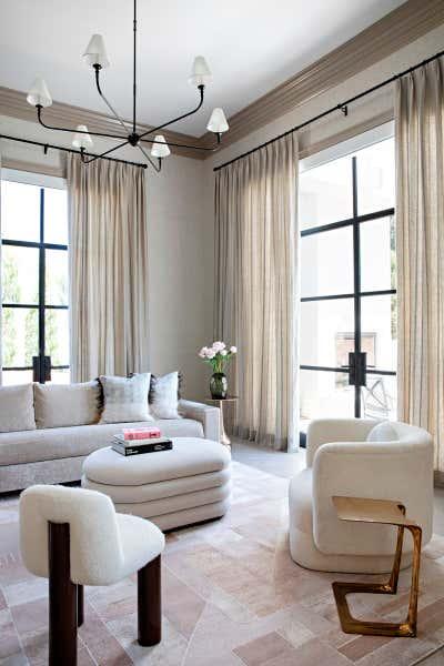 Regency Living Room. Perugia Road by KES Studio.