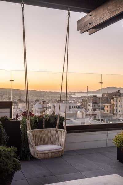 Modern Patio and Deck. Nob Hill by Lindsay Gerber Interiors.