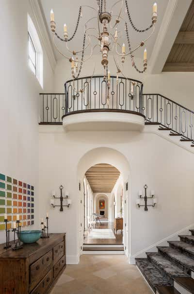 Regency Entry and Hall. The Art of Home by Mohon Interiors.