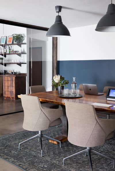 Tropical Meeting Room. Handsome Office by Scheer & Co..