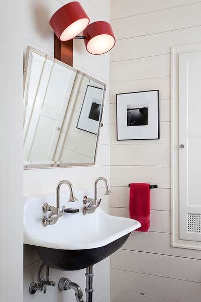 Contemporary Family Home Bathroom. Hemphill Park by Scheer & Co..