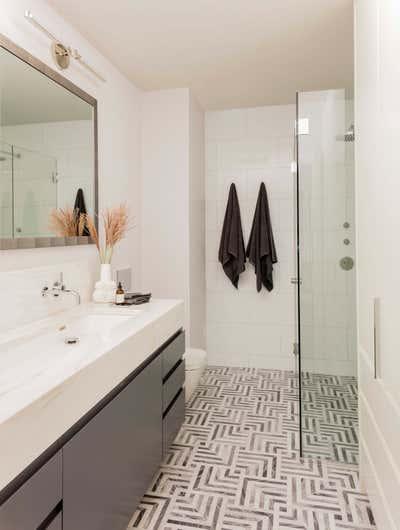 Contemporary Family Home Bathroom. Marlborough Street Residence by Elms Interior Design.