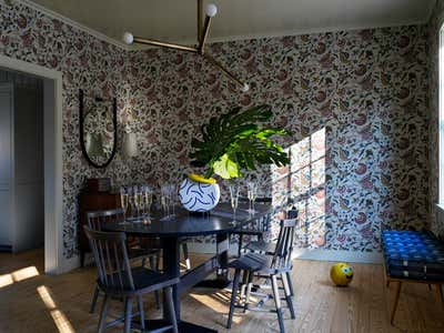 Contemporary Country House Dining Room. Connecticut Cottage by Hendricks Churchill.