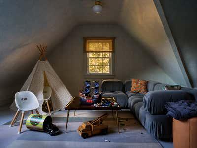 Mid-Century Modern Children's Room. Connecticut Cottage by Hendricks Churchill.