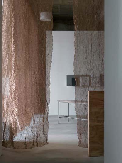 Contemporary Entry and Hall. KIRO HIROSHIMA by the sharehotels by HIROYUKI TANAKA ARCHITECTS.