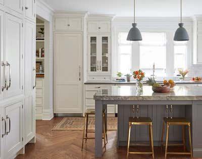 Craftsman Kitchen. Kenilworth by KitchenLab | Rebekah Zaveloff Interiors.