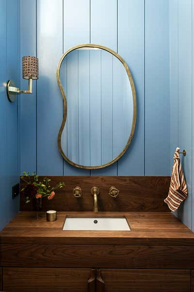 Country Bathroom. Bend by Reath Design.