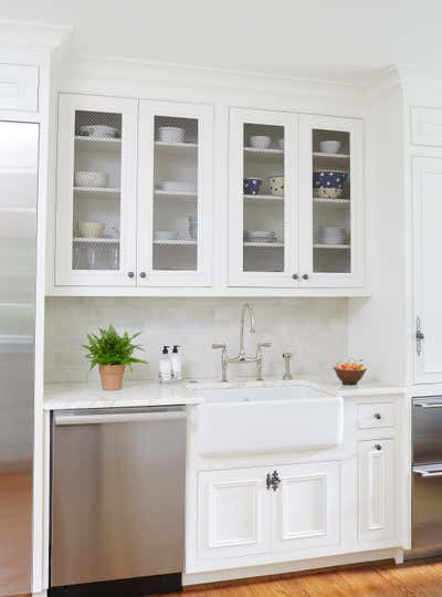 Cottage Kitchen. Cottage Kitchen by Cantley & Company, Inc.