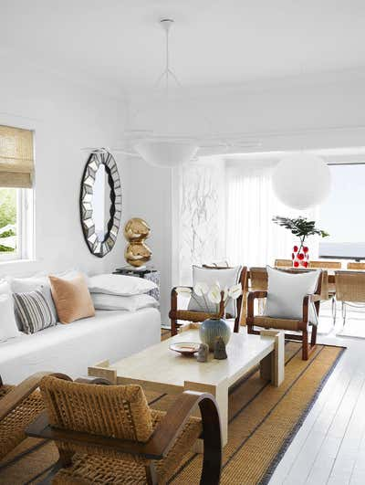 Beach Style Living Room. Bungalow by Tamsin Johnson.