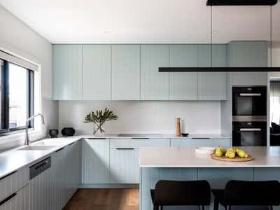 Contemporary Kitchen. Jacaranda House by More Than Space.