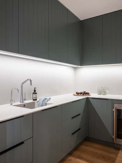 Contemporary Pantry. Jacaranda House by More Than Space.