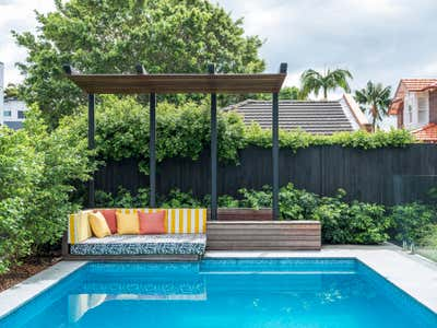 Contemporary Patio and Deck. Jacaranda House by More Than Space.