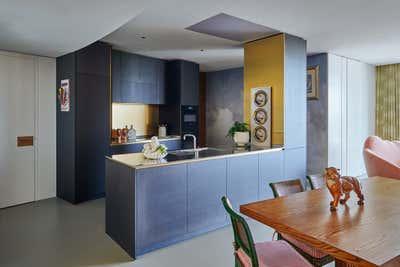 Mid-Century Modern Kitchen. Gasholders by Woolf Interior Architecture & Design.