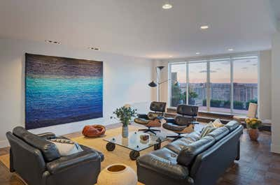 Contemporary Living Room. UES Apartment by Fink & Platt Architects LLC.
