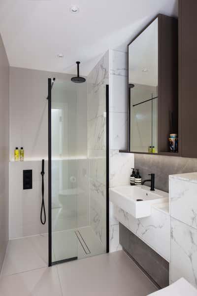 Contemporary Bathroom. Park Place by Shanade McAllister-Fisher Design.