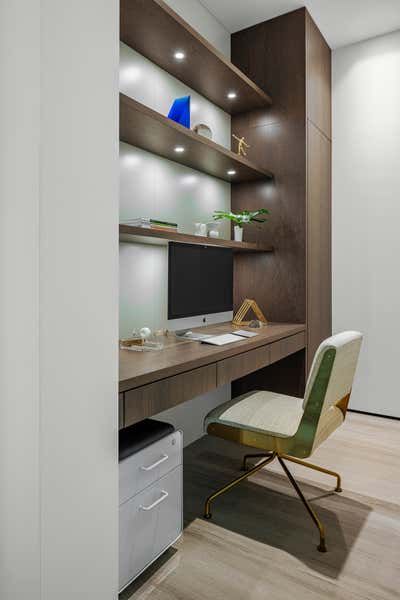Modern Office and Study. Tarpon Bend Residence by Strang Architecture.