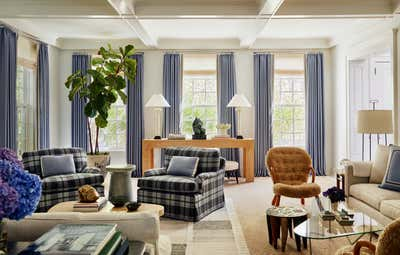 Arts and Crafts Living Room. Hamptons Residence by CARLOS DAVID.