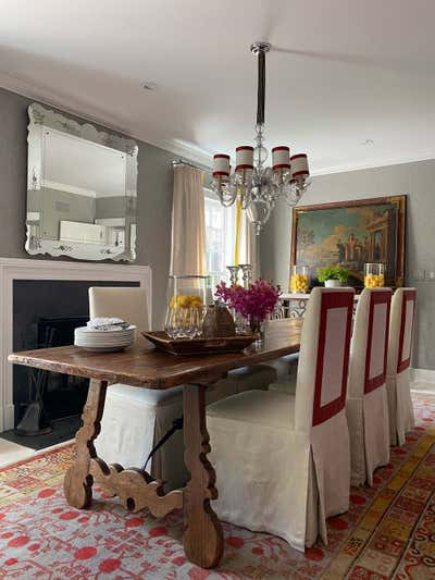 Arts and Crafts Dining Room. Hamptons Residence by CARLOS DAVID.