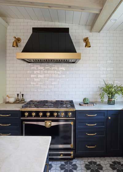 British Colonial Kitchen. Julian by KitchenLab   Rebekah Zaveloff Interiors.