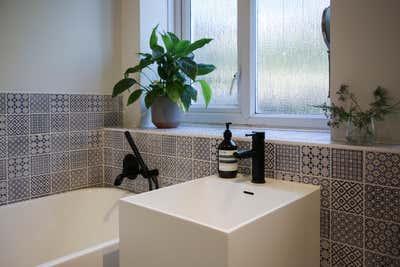Eclectic Bathroom. Hackney Boudoir by Cinquieme Gauche.
