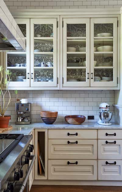 Arts and Crafts Kitchen. Sheridan by KitchenLab   Rebekah Zaveloff Interiors.