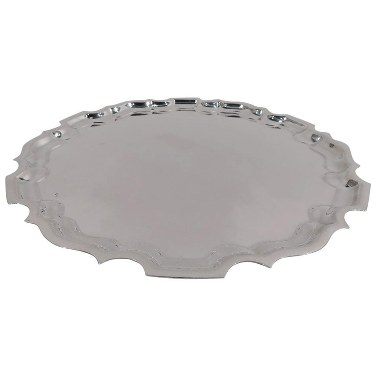 Traditional and Heavy Sterling Silver Tray with Georgian Piecrust Rim For Sale