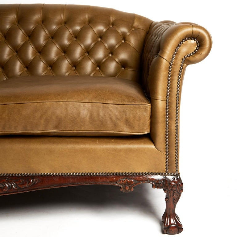 Traditional English Leather Shaped Back Chesterfield Sofa In New Condition For Sale In London, GB
