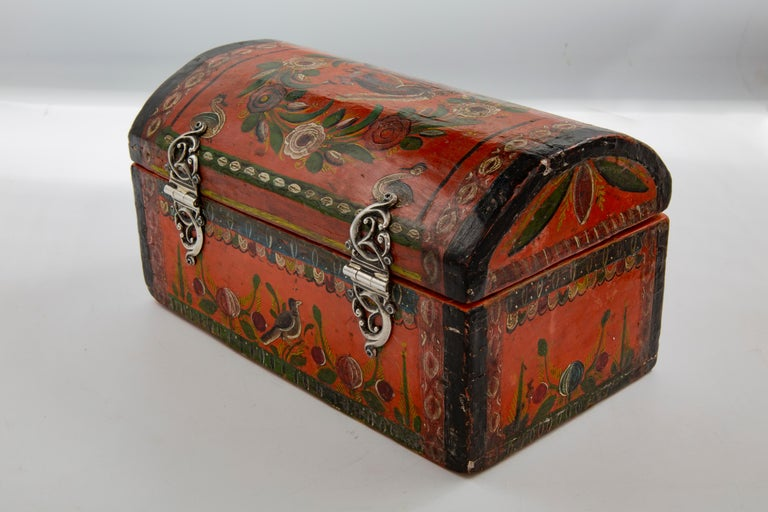 This hand painted box is representative of a technique
