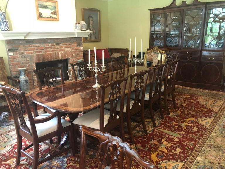 Traditional Mahogany Georgian Style Dining Table by Leighton Hall For Sale 12
