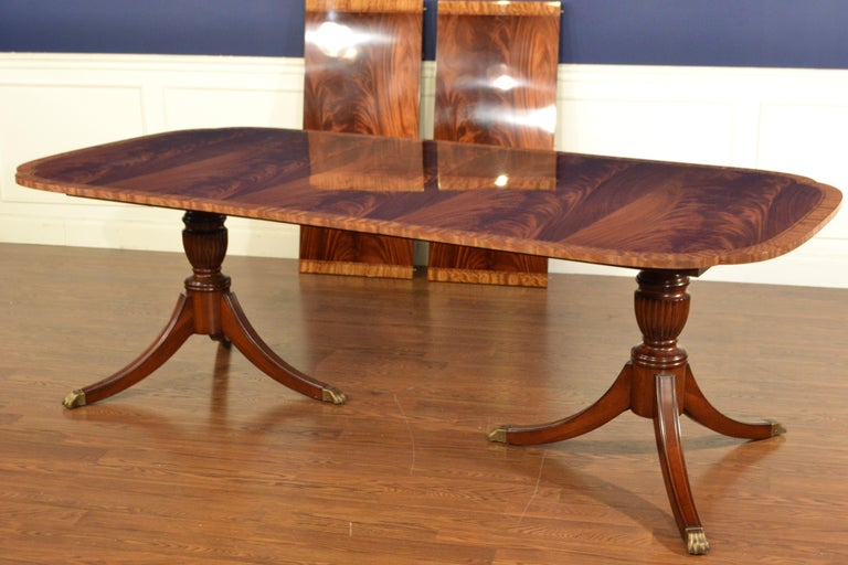 Traditional Mahogany Scallop Cornered Dining Table by Leighton Hall For Sale 3