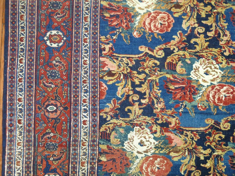 Traditional Persian Bidjar Floral Rug In Good Condition For Sale In New York, NY