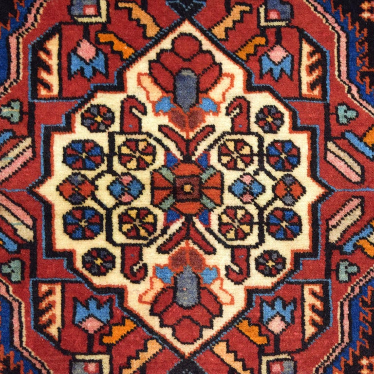 Traditional Persian Nahavand Carpet in Red, Black and Cream Wool For Sale 2