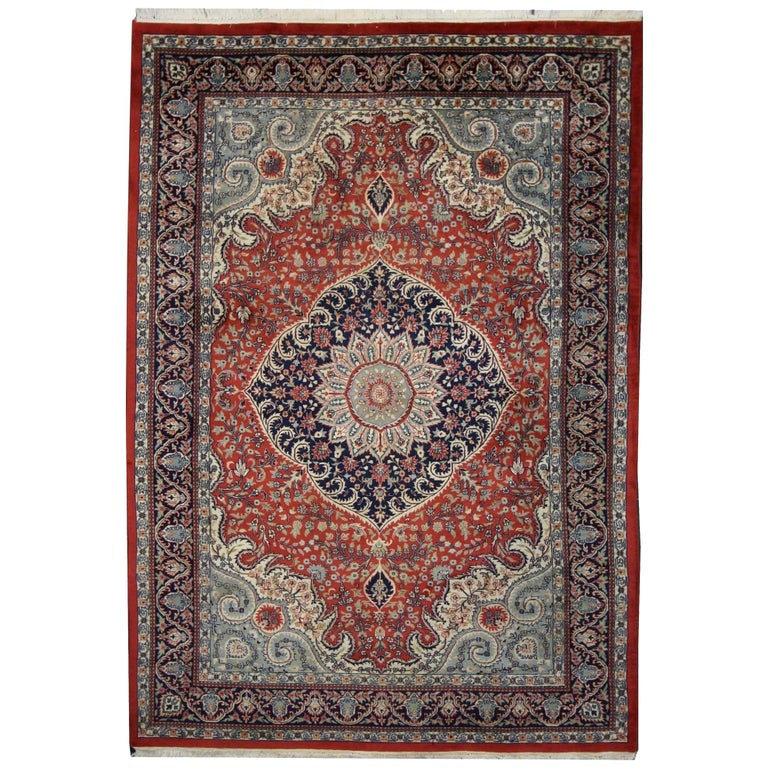 Traditional Style Vintage Area Rug with Persian Design For Sale