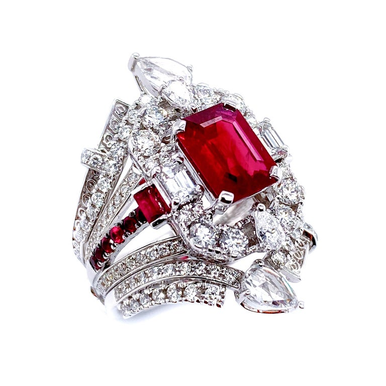 Transformable GRS Certified 'Pigeon's Blood' Ruby Cocktail Ring For Sale 2