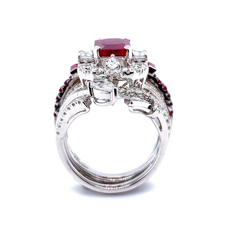 Transformable GRS Certified 'Pigeon's Blood' Ruby Cocktail Ring For Sale 3