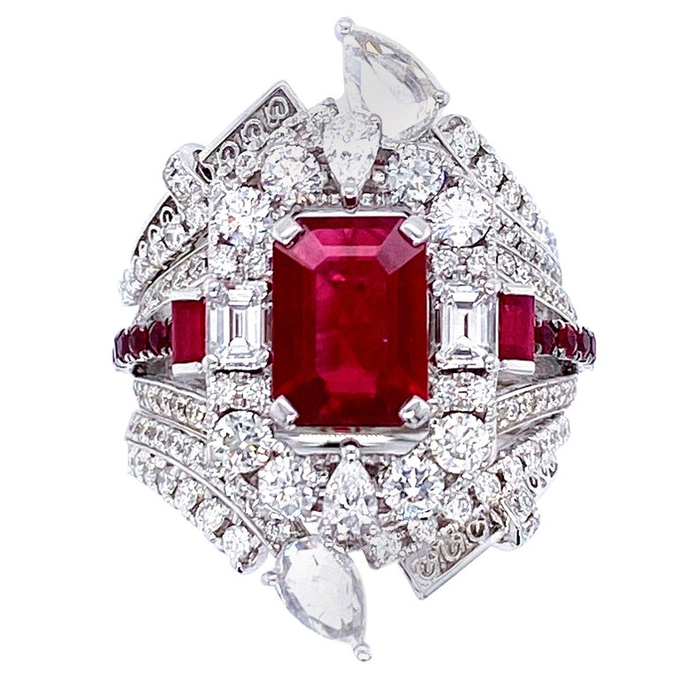 Transformable GRS Certified 'Pigeon's Blood' Ruby Cocktail Ring For Sale