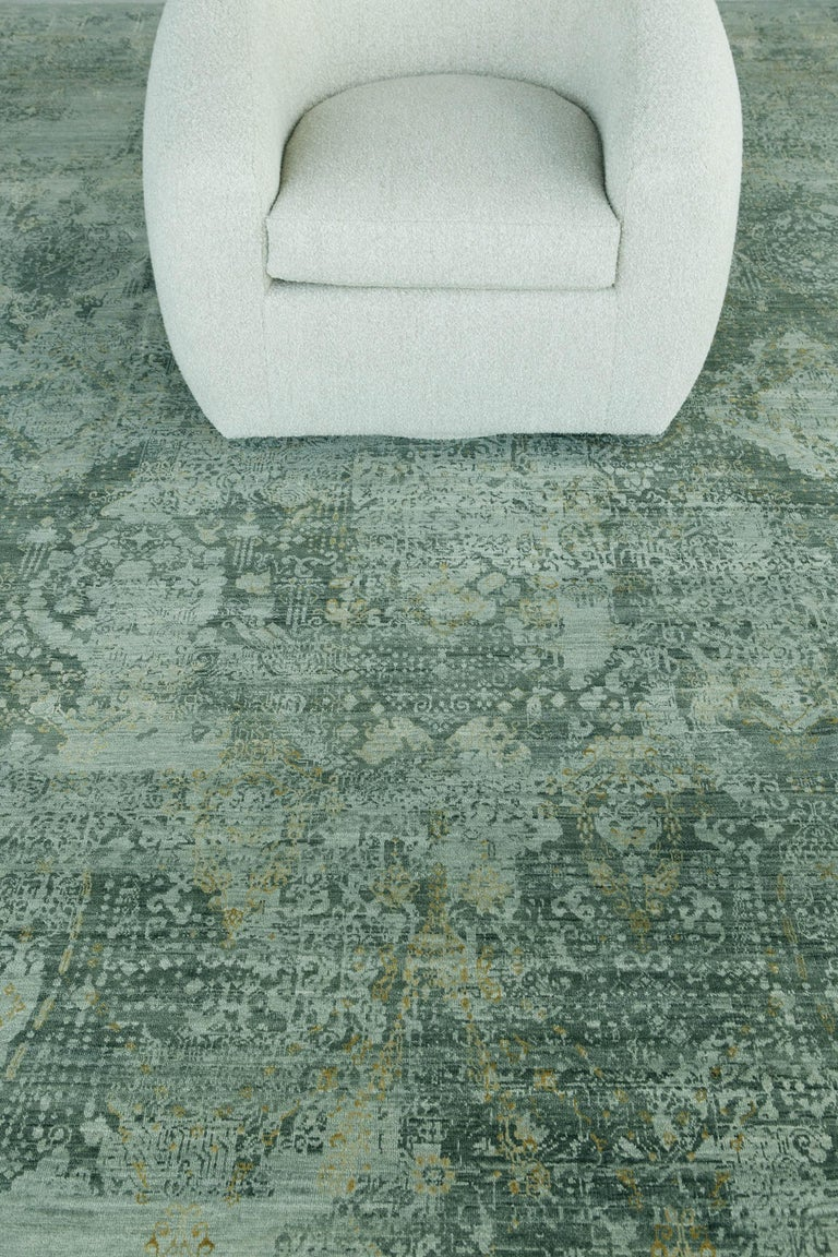 Contemporary Transitional Design Rug Allure Fiore by Mehraban Rugs For Sale