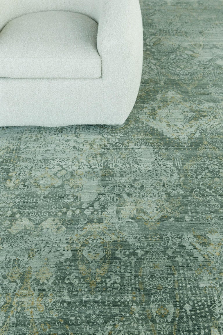 Wool Transitional Design Rug Allure Fiore by Mehraban Rugs For Sale