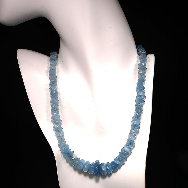Translucent Blue Aquamarine Rondelle Necklace For Sale 5