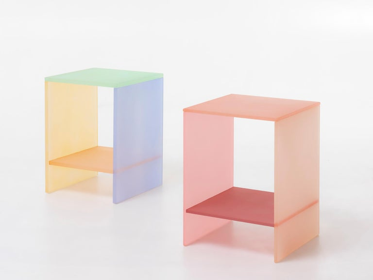 The tone table is inspired by the traditional colors of Korea, especially