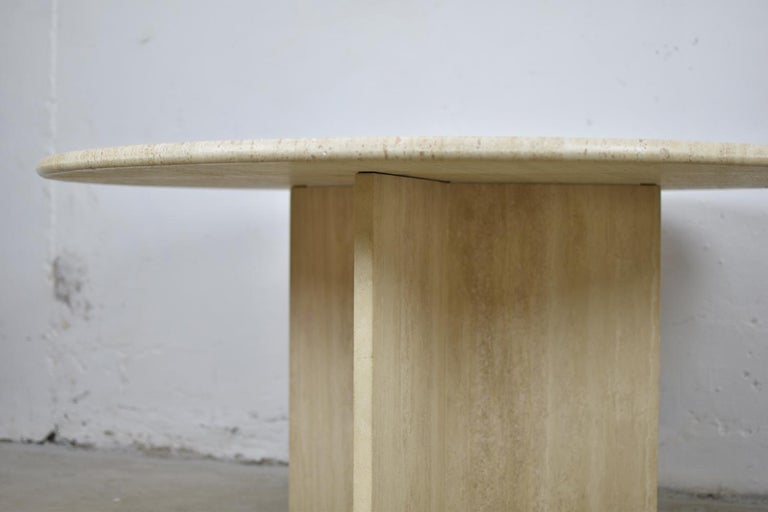 Travertine Dining Table from Italy, 1960s For Sale 1