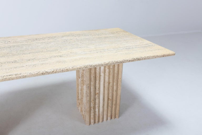 Travertine Dining Table in the Style of Carlo Scarpa In Excellent Condition For Sale In Antwerp, BE