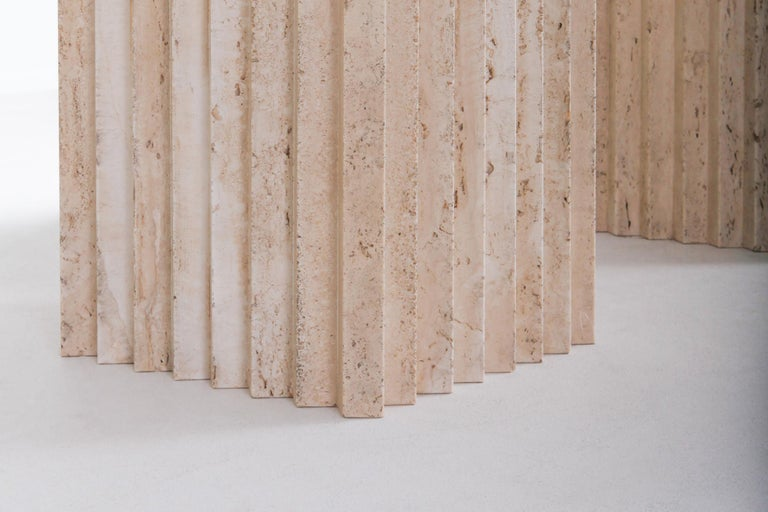 Travertine Dining Table in the Style of Carlo Scarpa For Sale 2